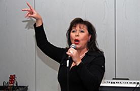 Sängerin Anke Lautenbach