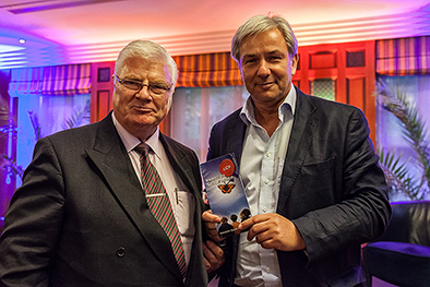 Regierender Bürgermeistrer von Berlin Klaus Wowereit u. Präsident Charity Club Berlin Prof. Dr. Dr.h.c. (BHU) Joachim Wander